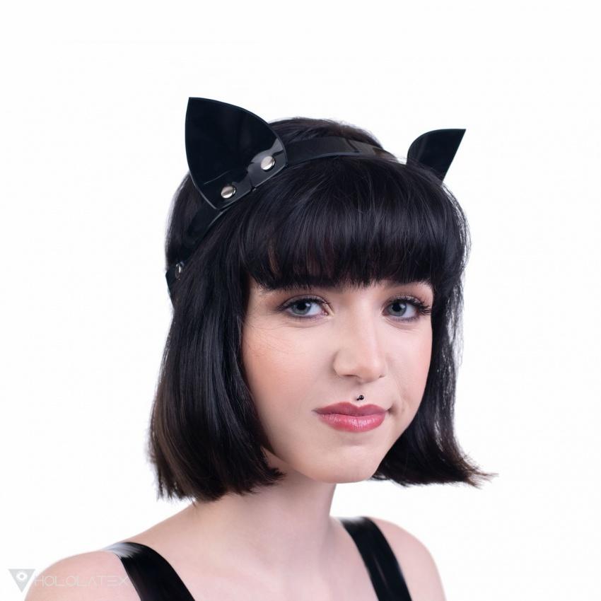 Schwarzes PVC-Stirnband mit Katzenohren.