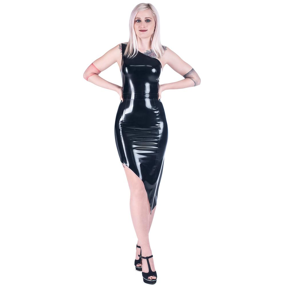 Black diagonal latex dress from Hololatex workshop